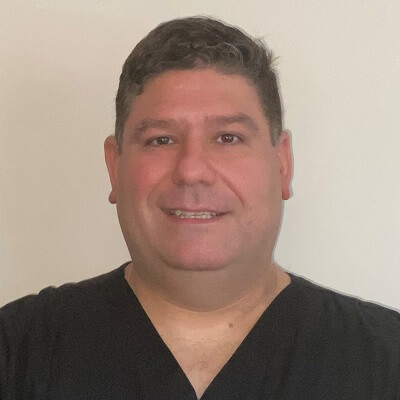 Headshot of Dr. Gabriel Ruiz